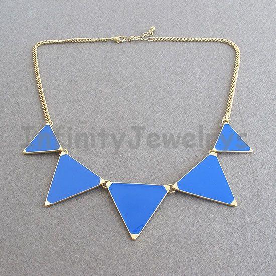 Triangle bavoir collier collier de bulles par InfinityJewelrys, $3.99