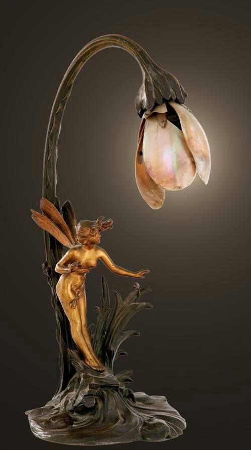 2018 年の art nuveau gold pinterest arte modernismo lámparas