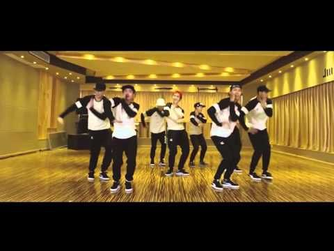 [Mirrored] LuHan Football Gang 超级冠军 Dance Practice 练习室版