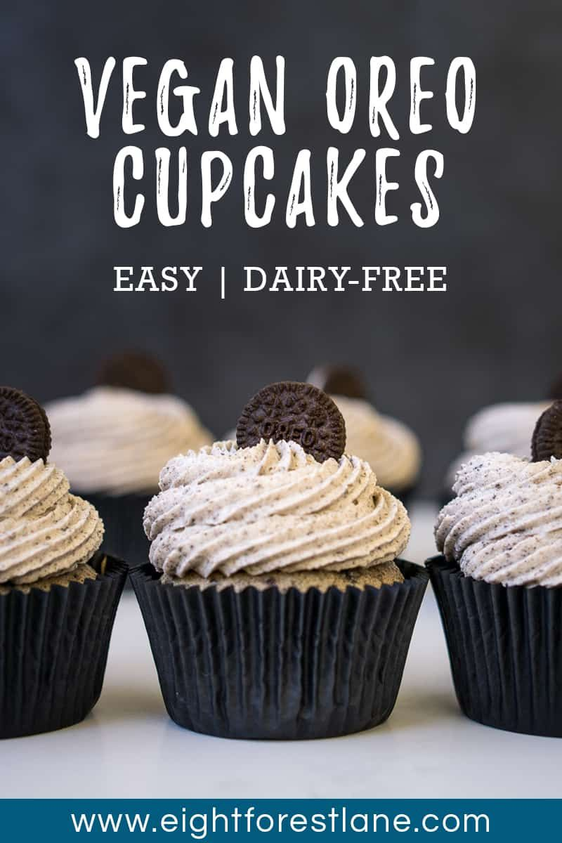 Cookies and Cream Cupcakes (Vegan) - Eight Forest Lane #cookiesandcreamfrosting
