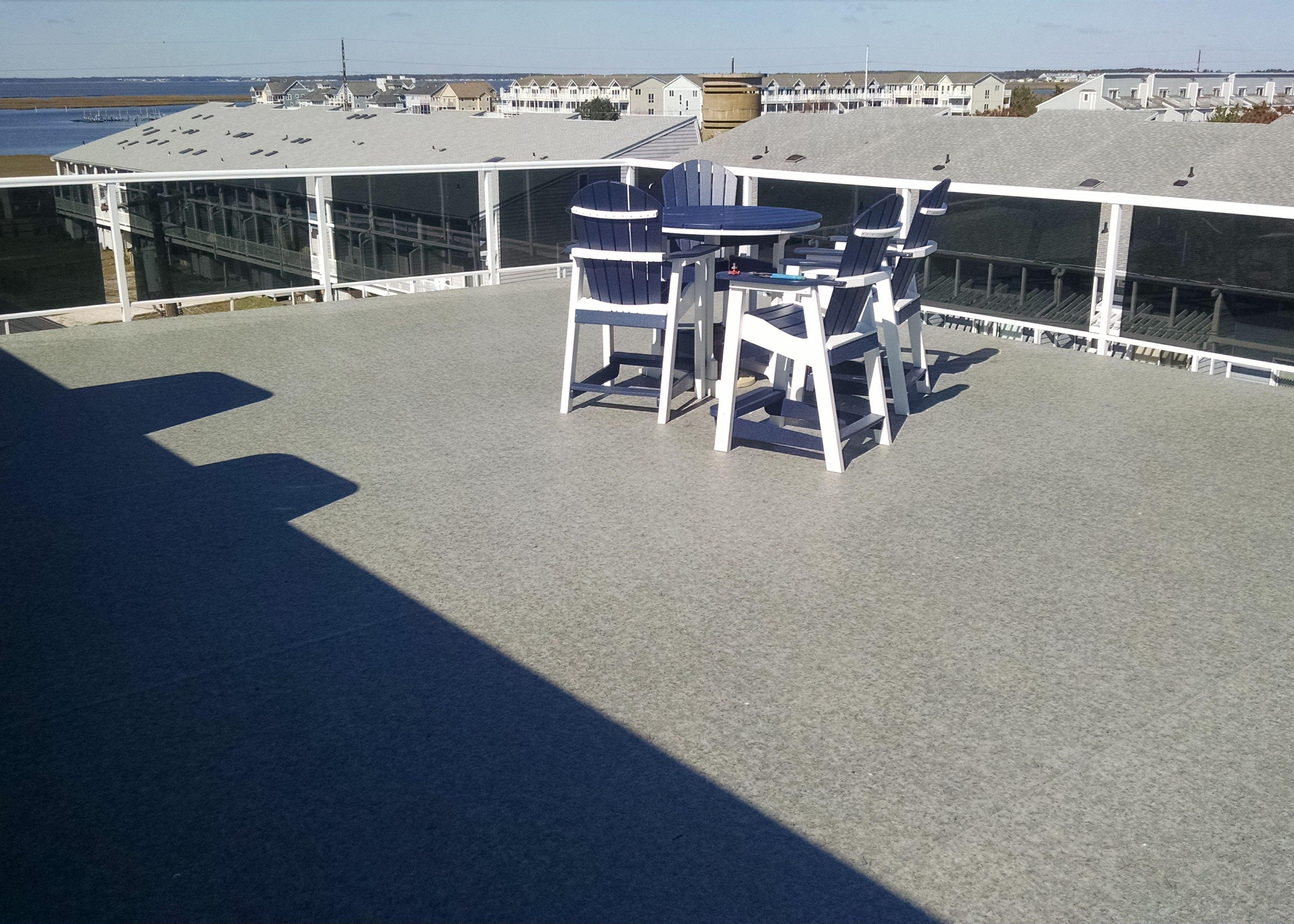 Duradek ultra heritage aspen outdoor vinyl flooring and for Exterior linoleum flooring