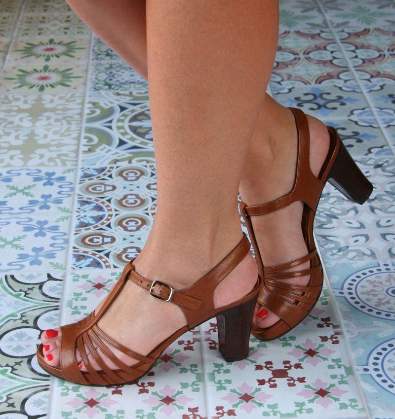a0977569c FIDELI CUERO :: SANDALS :: CHIE MIHARA SHOP ONLINE | clothes | Shoes ...