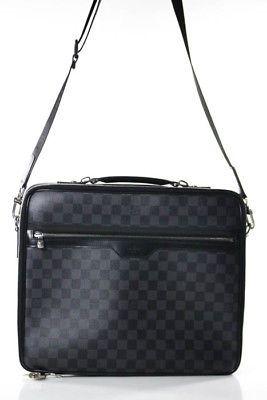 44126786d395 Louis Vuitton Damier Graphite Coated Canvas Steeve Messenger Handbag ...