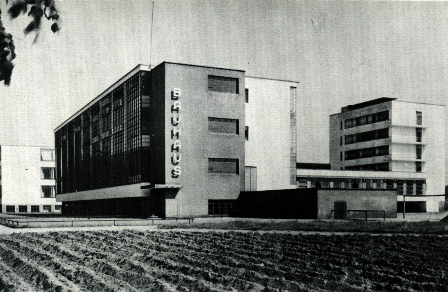 Bauhaus 10 Dot Points Bauhaus Architecture Bauhaus Architecture