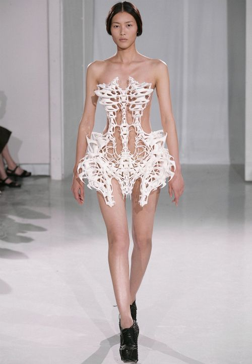 such a beautiful dress.