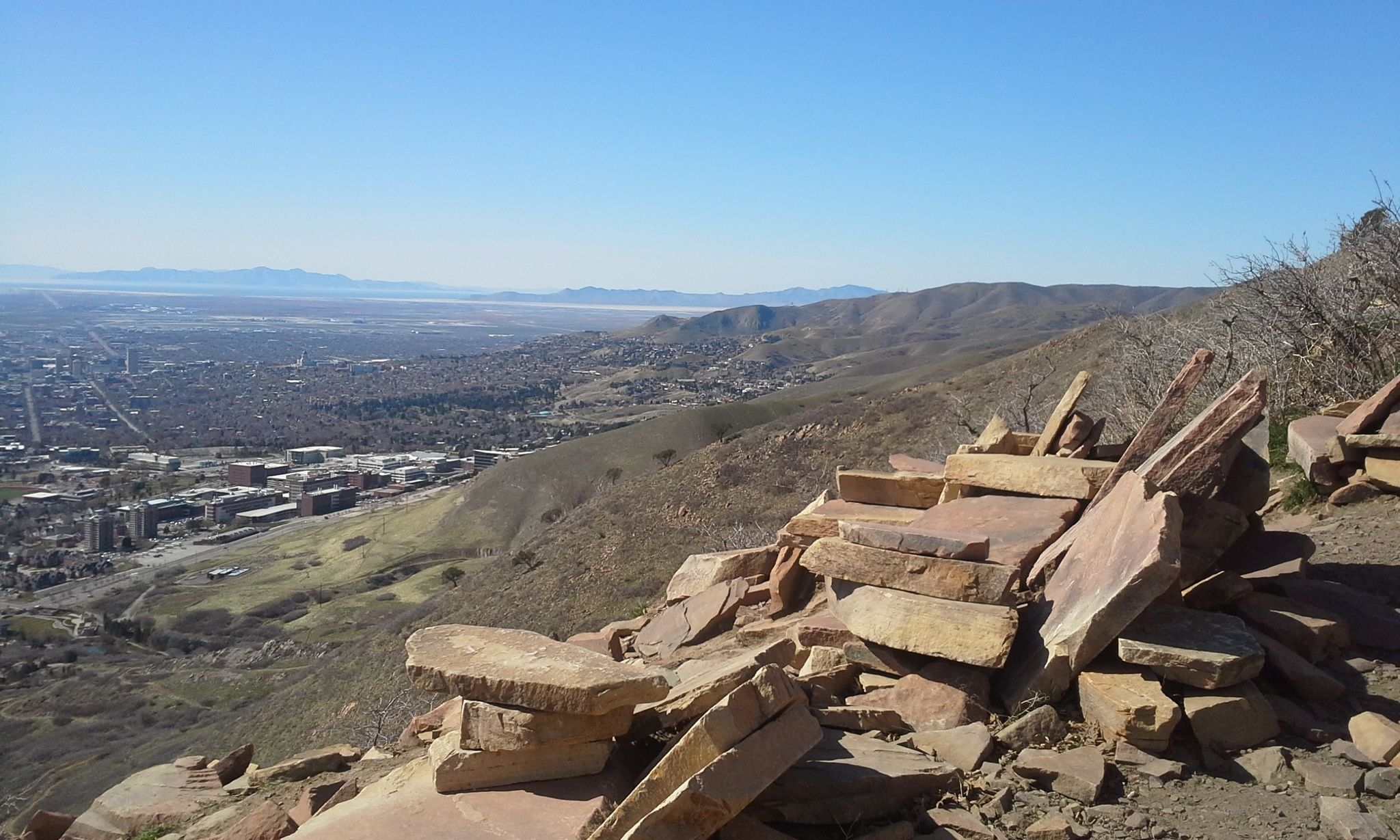 The Living Room Trail Is A 2 2 Mile Heavily Trafficked Out And Back Trail Located Near Salt Lake City Utah That Features Bea Trail Nature Travel Places To See