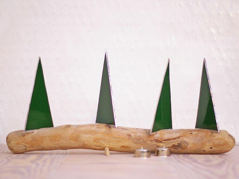 Diy weihnachtsdeko aus treibholz und tannenb umen aus tiffanyglas eine sch ne idee zum selberma - Weihnachtsdeko treibholz ...