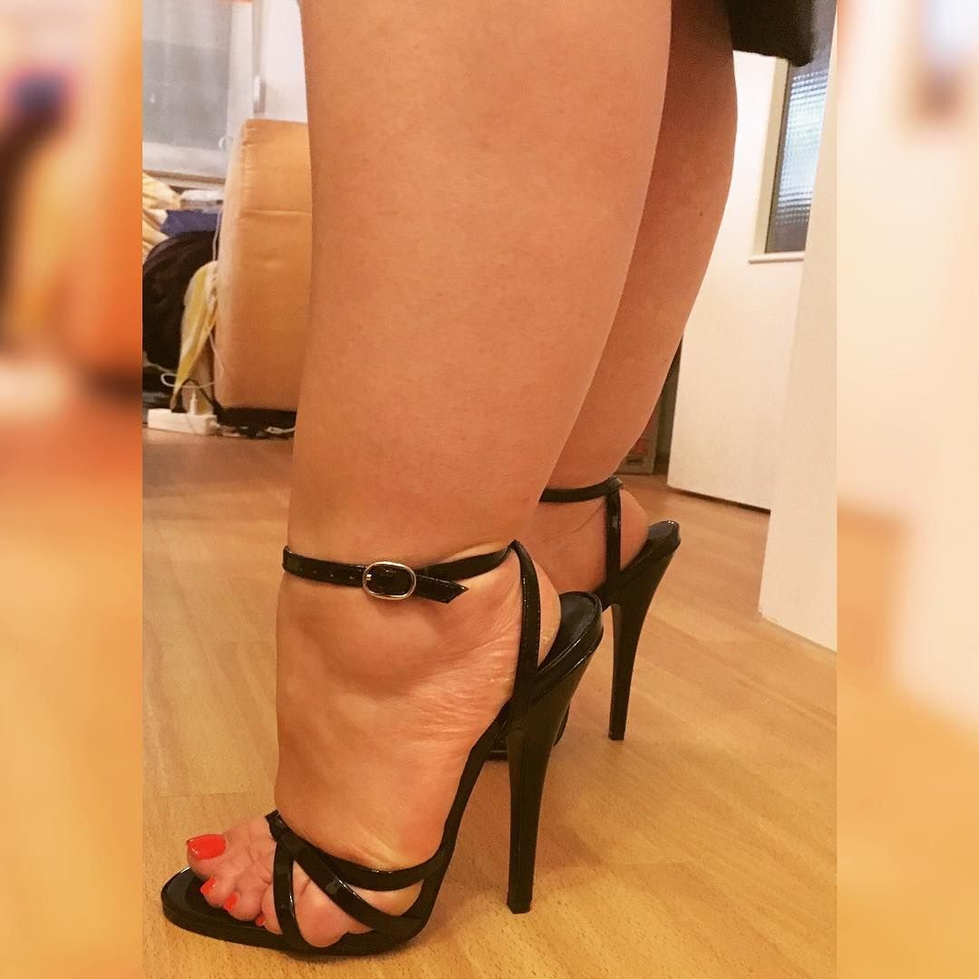 High footjob heels with Footjob
