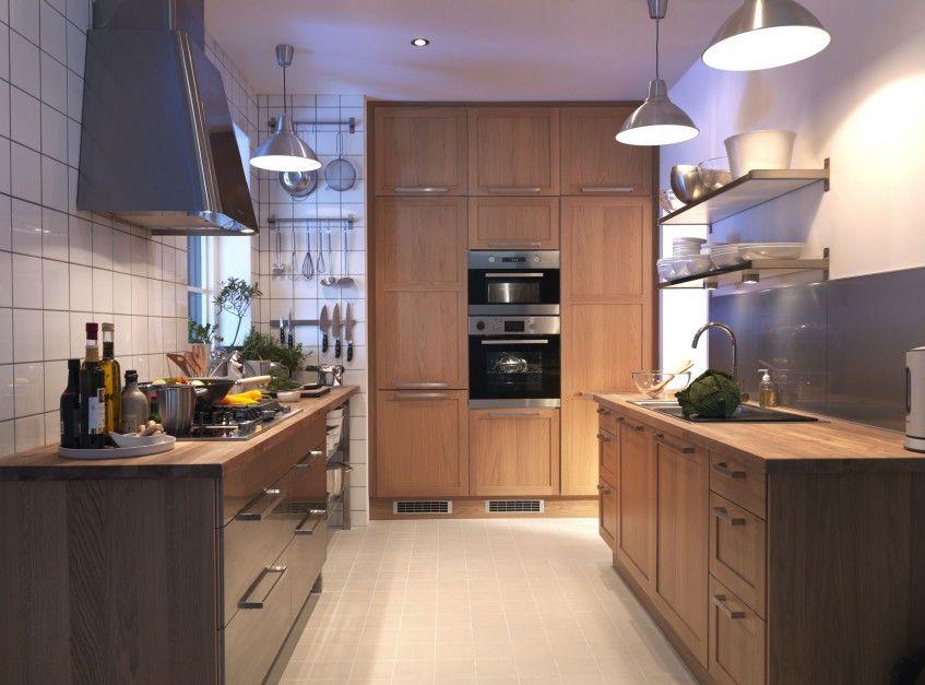 Kuchnia Metod z wbudowaną w ścianę szafą kuchenną Fot IKEA - küchenzeile mit elektrogeräten ikea