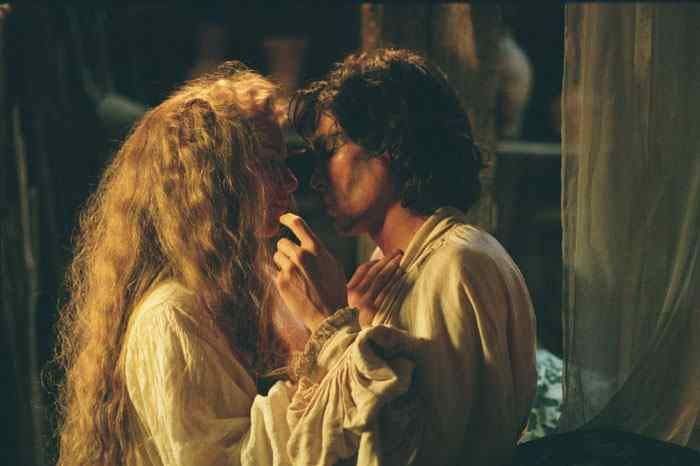 Claire Danes and Billy Crudup in STAGE BEAUTY