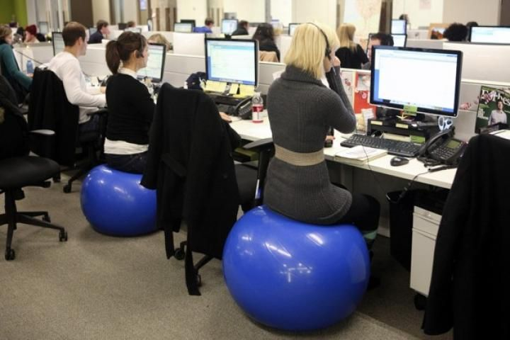 Easy Exercises You Can Do At Work Ball Exercises Exercise Yoga Ball