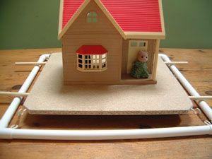 School project earthquake proof house