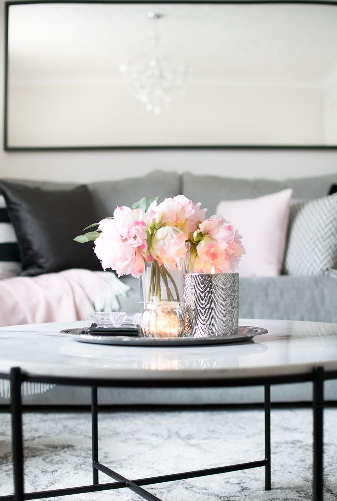 The Soft Glow Of A Candle How To Style A Coffee Table Gorgeous Coffee Table Coff Round Coffee Table Decor Coffee Table Decor Tray Table Decor Living Room
