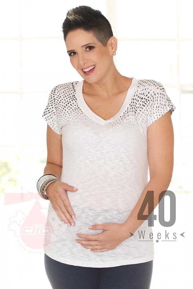 9d8c7bc5a Dentro de Clío  Ropa  Materna encontrarás una línea camisetas y blusas de   Maternidad