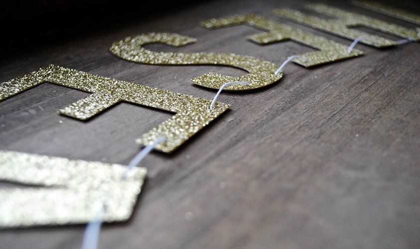 Amazon 60 Years Loved Gold Glitter Party Banner