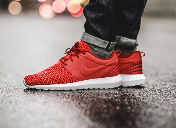 Nike Roshe Run Flyknit NM Gym Red