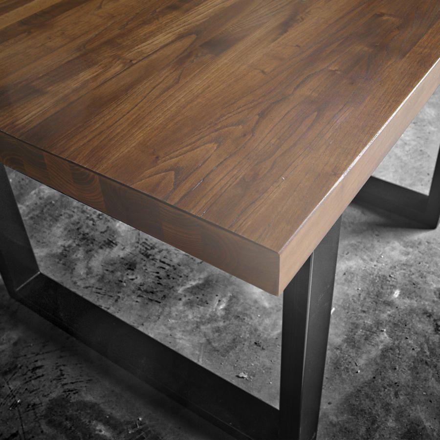Tavolo Con Gamba Centrale tavolo in legno con prolunga