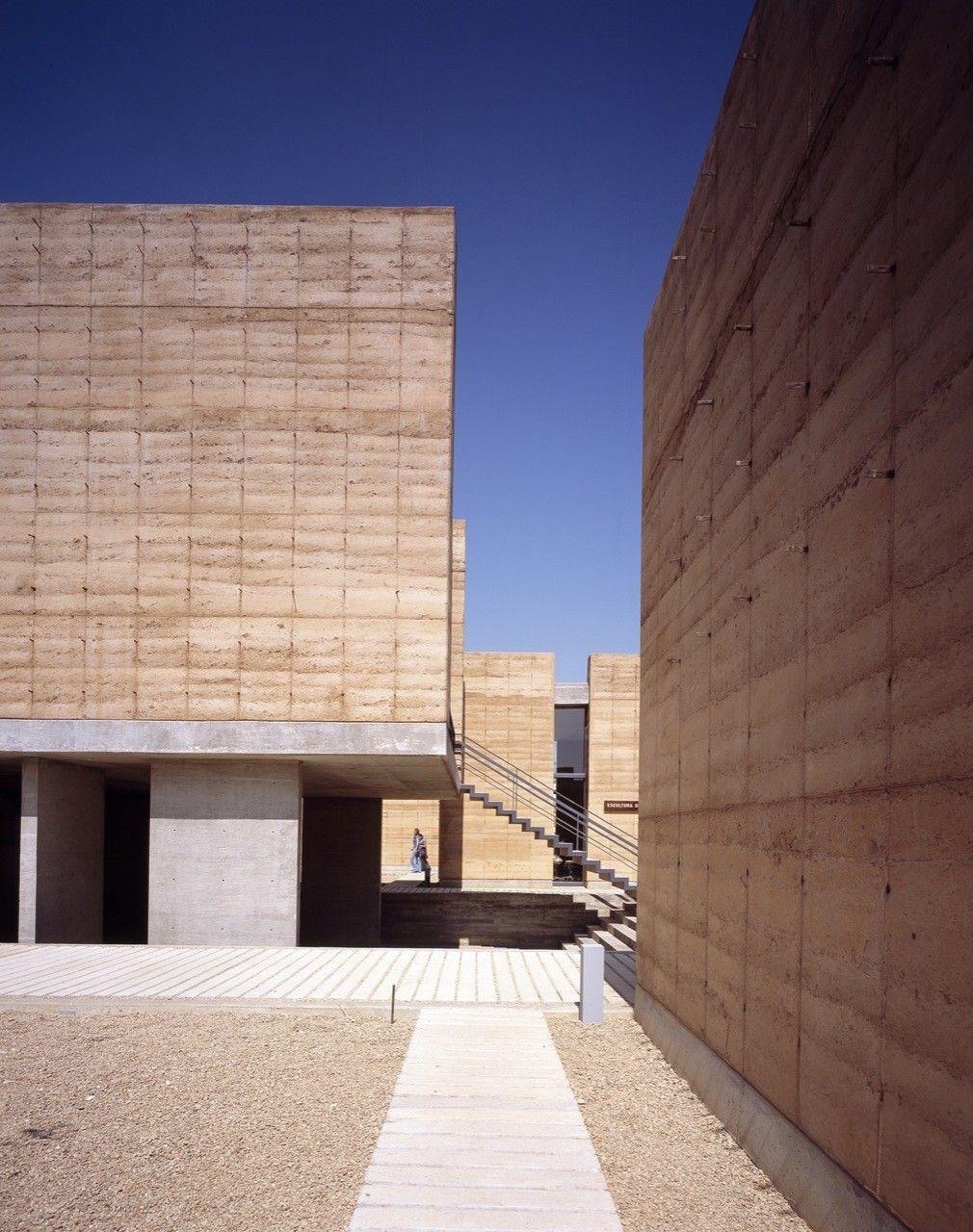 The School of Visual Arts of Oaxaca,© Luis Gordoa