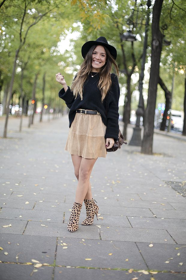 SUEDE SKIRT   Be inspired by the people in the street! www.streetstylecity.blogspot.com