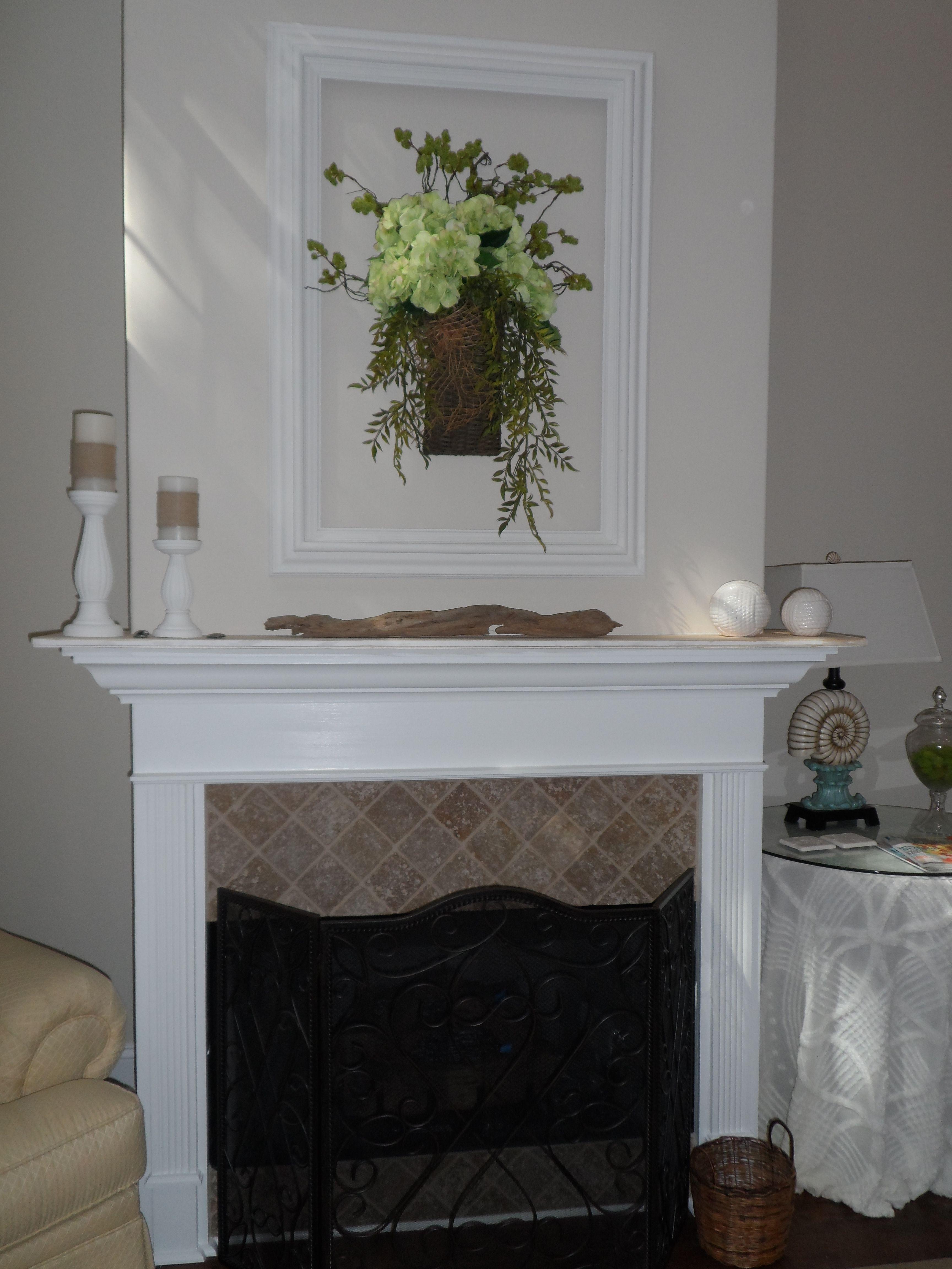 This was the black frame in the kitchen.  Same flower arrangement.