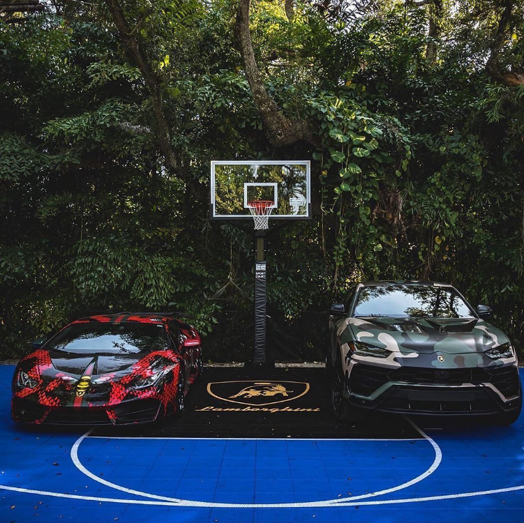 Rate Your Favorite Lamborghini Right or Left 1 to 100 Rate Your Favorite Lamborghini Right or Left
