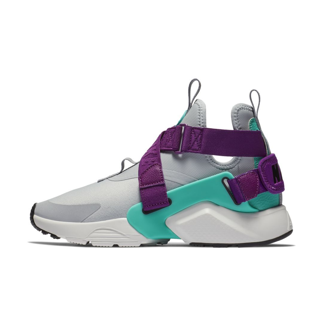 new style 1d565 c42ef Nike Air Huarache City Women s Shoe Size 8.5 (Wolf Grey)