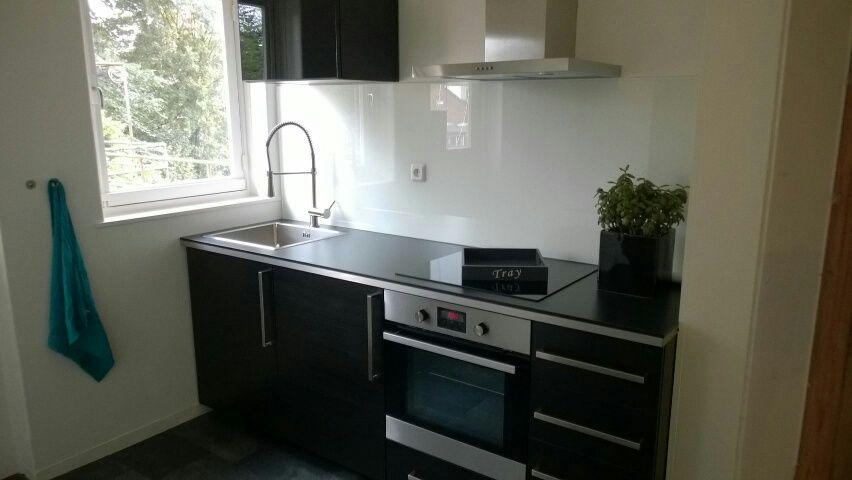 Melkglas Keuken Achterwand : Achterwand keuken wit melkglas google zoeken ideeën voor het