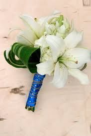 lily leaf wrapped hand held bouquet