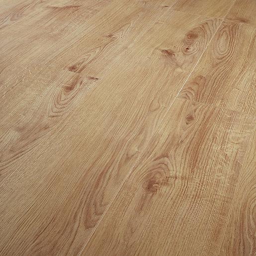 1.48m2 Pack Wickes.co.uk in 2020 Oak laminate flooring