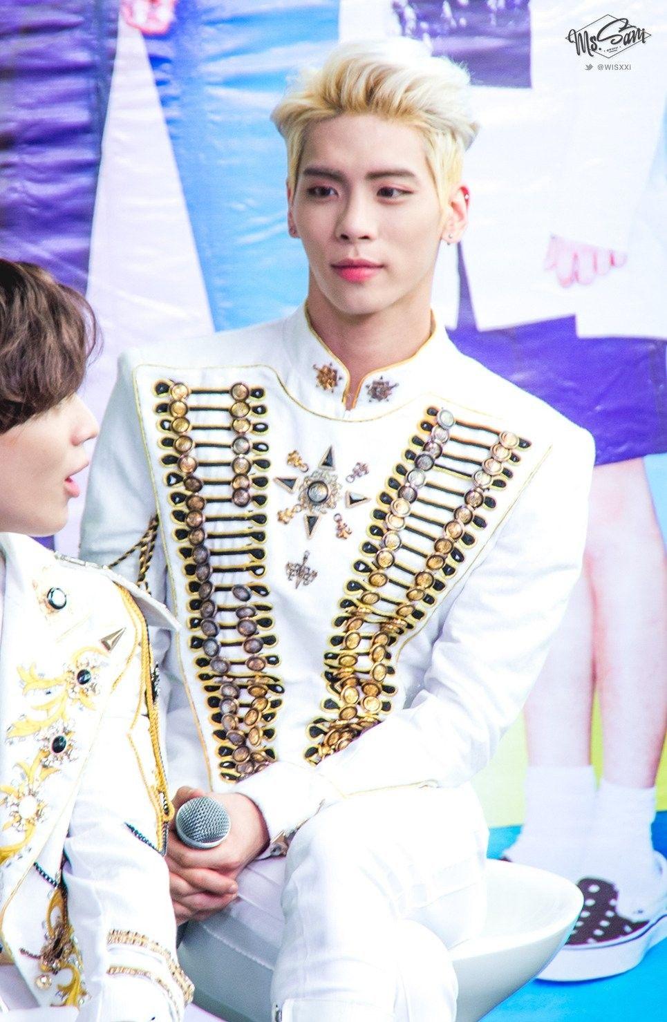 150927 Jonghyun Shinee World Iv In Bangkok Press Conference
