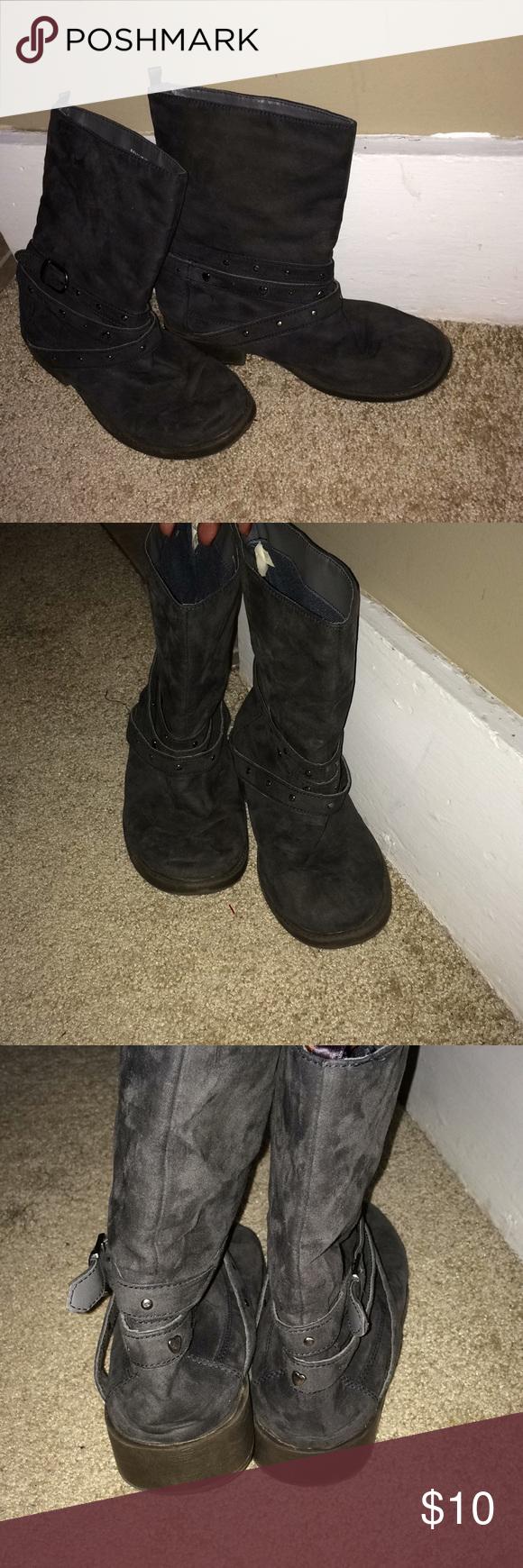 710b01a1dc58 Girls boots size 4