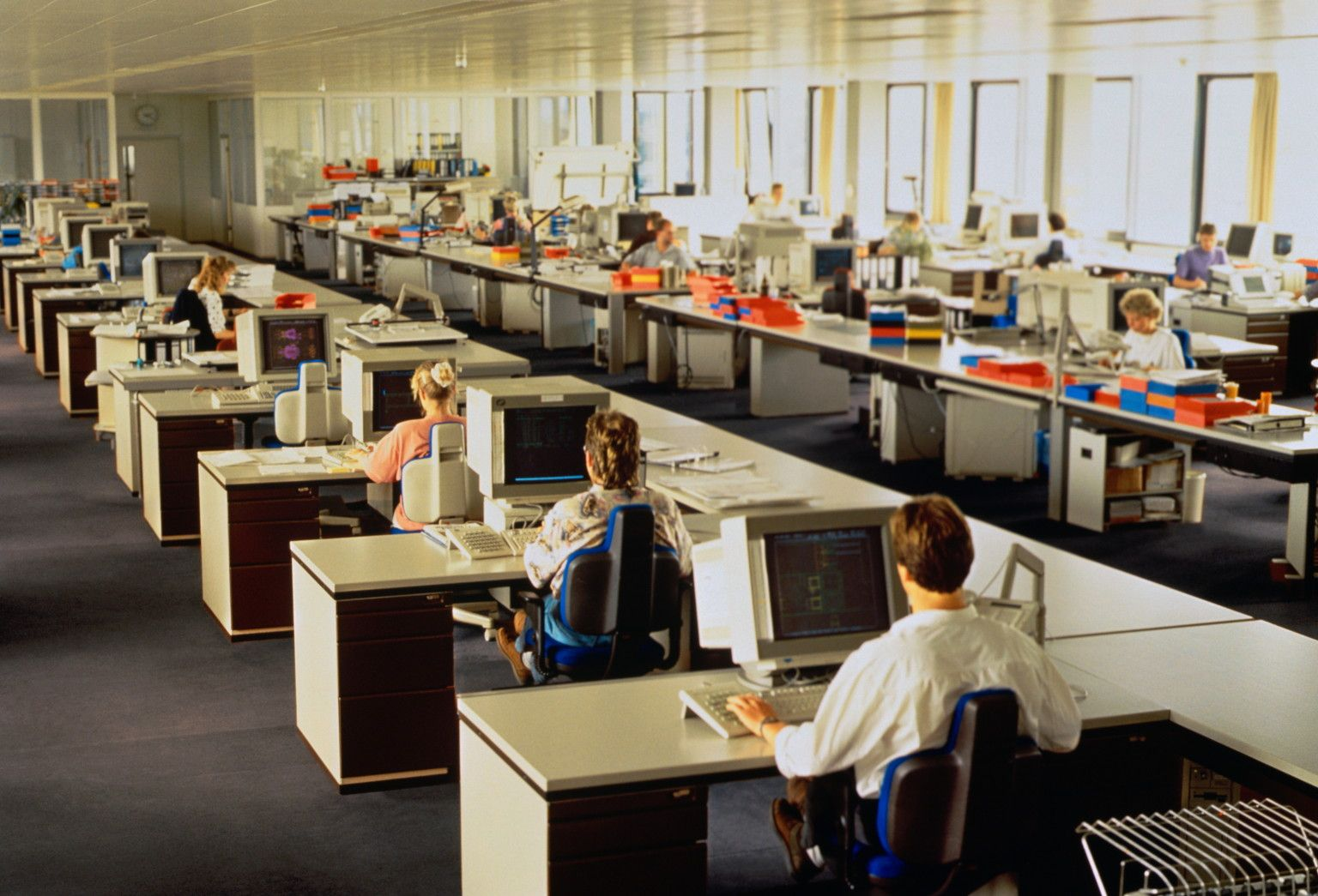 The truth about open plan offices open plan workplace for Open space office