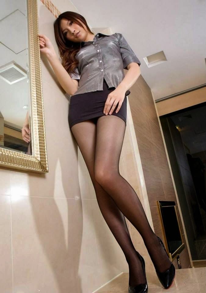 Japanese pantyhose and short skirts