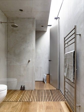 Beautiful Modern Bathroom Design With Timber Shower Base And Concrete Walls Love The Pa Minimalist Bathroom