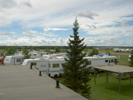St Albert Kinsmen Rv Park At St Albert Alberta Canada Rv Parks Camping Club Campground