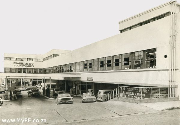 1960's view of the Embassy Building at the bottom of Mount Road, Port Elizabeth.