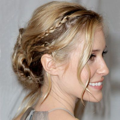 "HOW TO GET IT: Kristin Cavallari's hairstylist Marcus Francis created three tiny braids along her natural part. He split the hair into two vertical sections before pinning it into a bun, making sure to preserve wispy pieces around the face. ""I kept the look loose and slightly undone to avoid looking to coiffed or prom-ready,"" Francis told us."