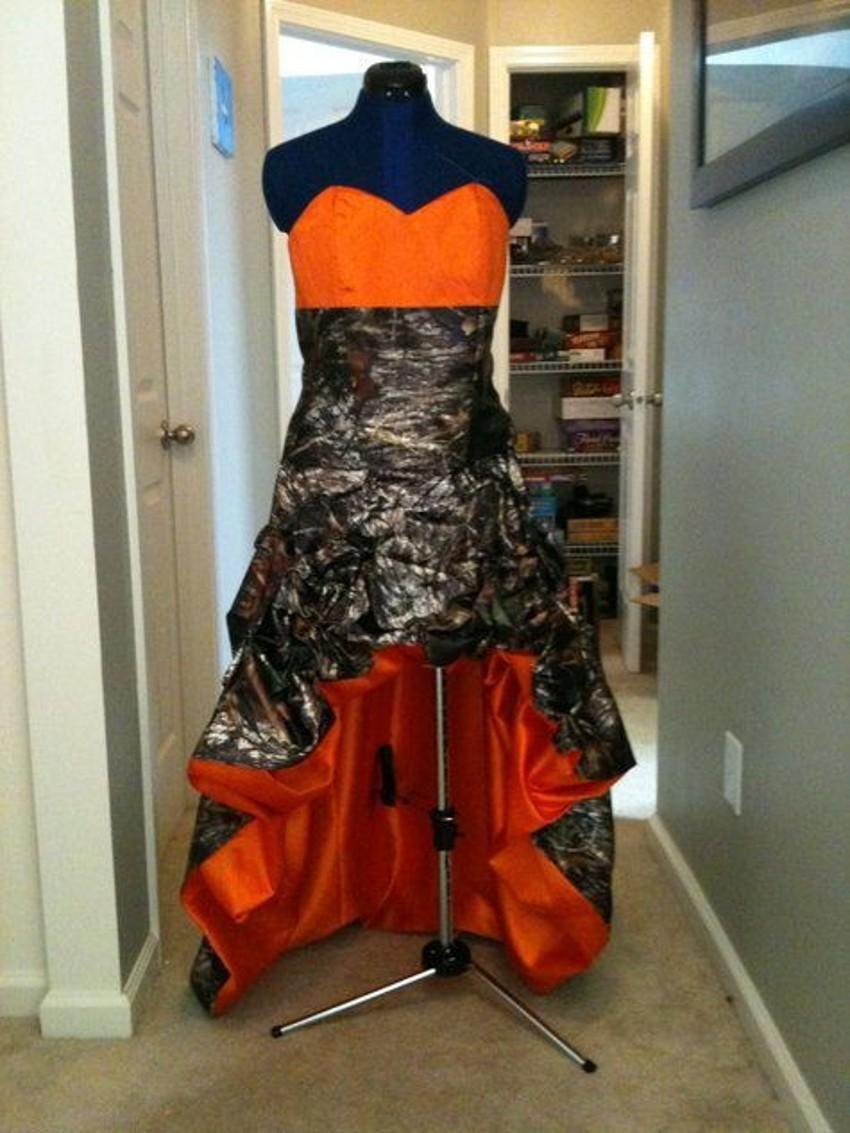 Camo and orange wedding dresses  Camo And Orange Wedding Dresses  Prom  Pinterest