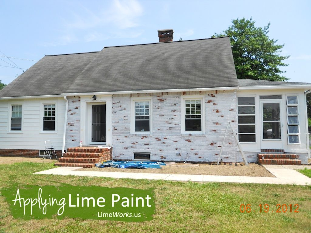 Whitewashing Brick Homeowner S Diy Success With Lime Paint On Brick New House Pinterest