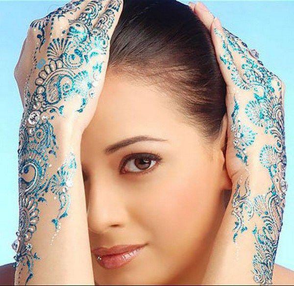 Amazing Glitter Mehndi Designs