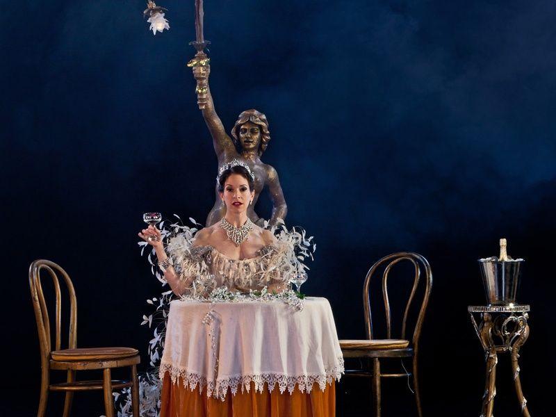 Ben's Last Ballerina: This leggy dancer is ending a Houston era