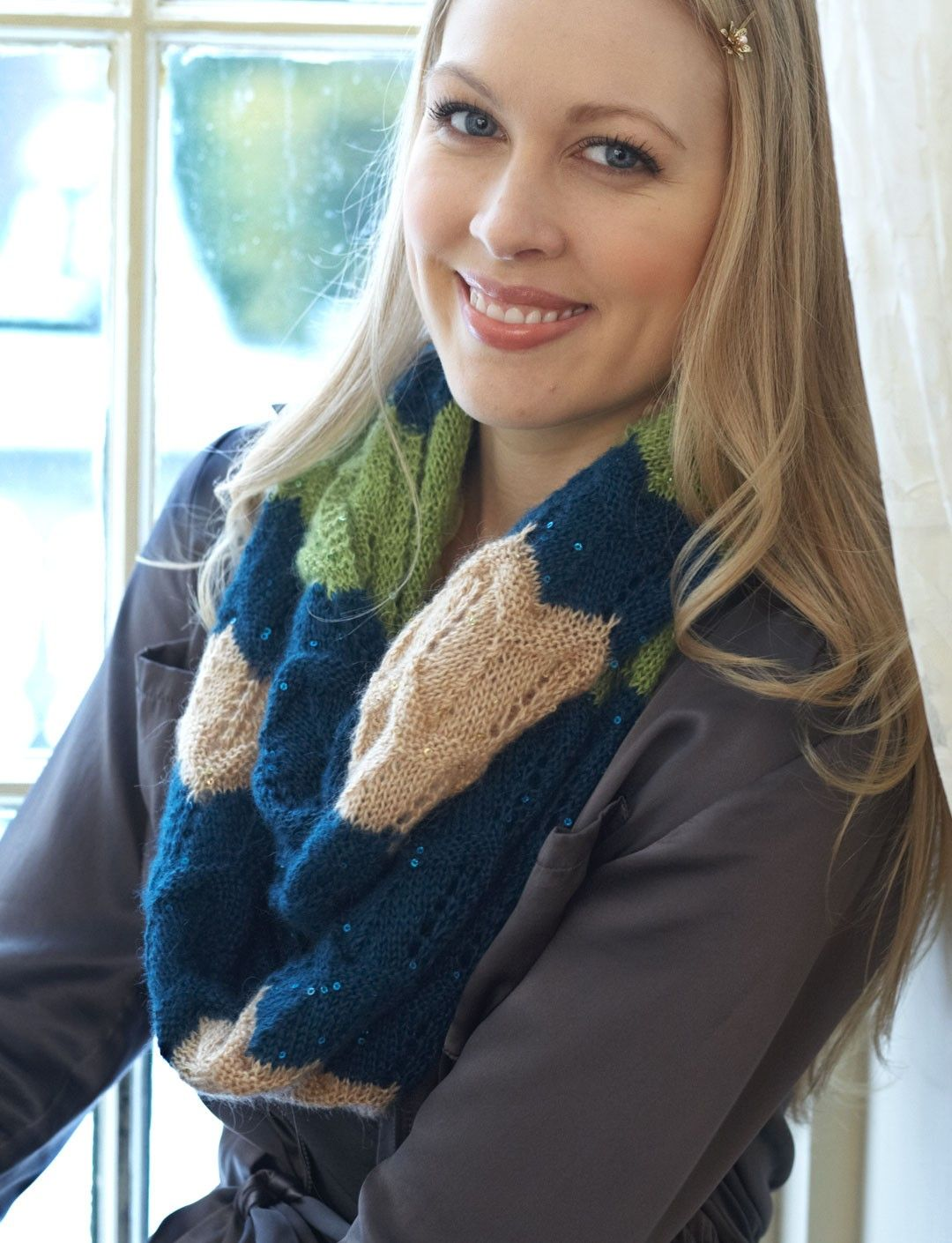 Yarnspirations.com - Patons Ripple Cowl - Patterns | Yarnspirations ...