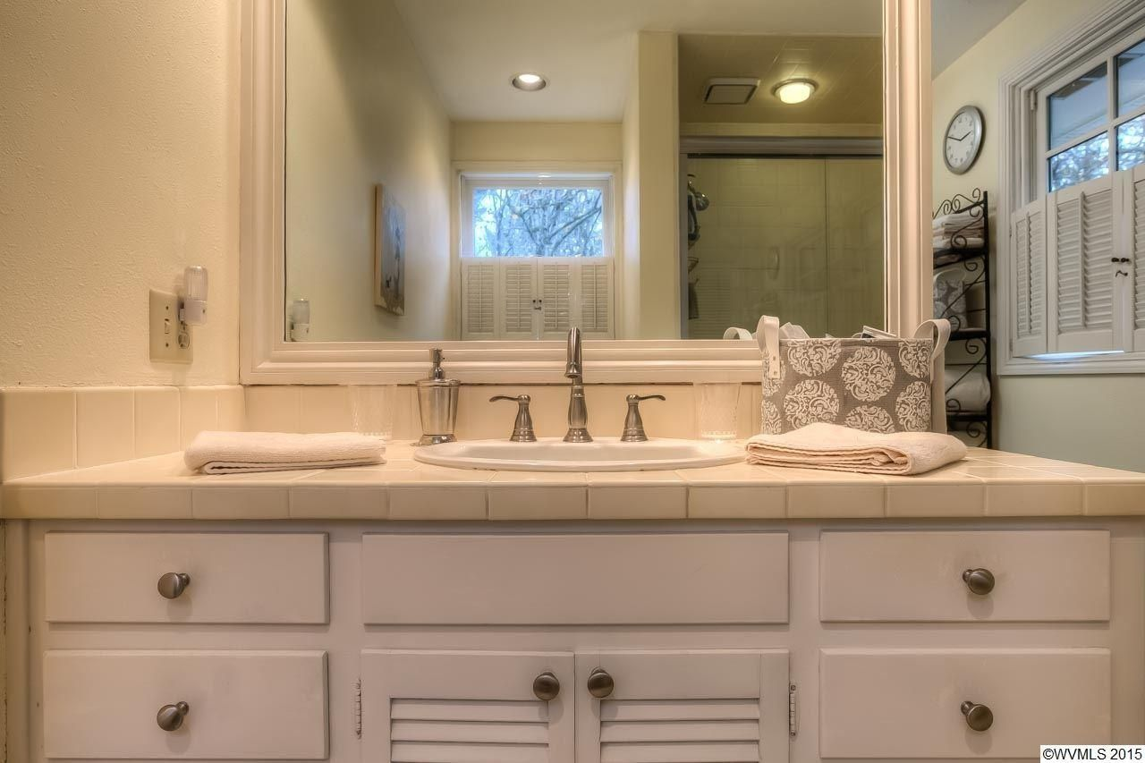 Best Bathroom Remodel Ideas On A Budget Budgeting - Quick bathroom remodel