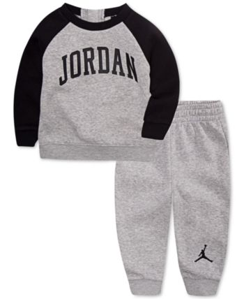 c152ab0aa7bc Jordan Little Boys 2-Pc. Arched Fleece Top   Pants Set - Gray 4