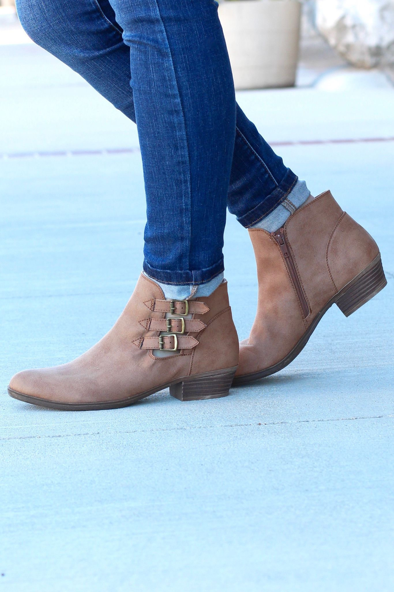 d7c891425434 Cute ankle booties featuring 3 buckles on the outside. Almond toe. Inner  zipper for easy off on. Small