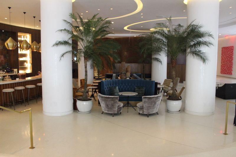 Recepção Hotel Nautilus, Miami. Lugares para viajar nos Estados Unidos.