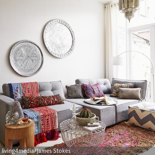 Bunte l ufer f r ethno feeling wohnen im ethno stil for Sofa orientalischer stil