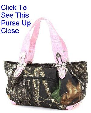 http://www.squidoo.com/mossy-oak-camo-purses - I just LOVE this pink Mossy Oak Hobo Purse!  Click the picture to see all the details. #ppgcamopurse