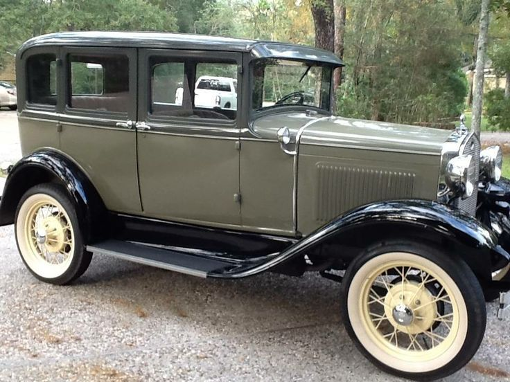 1931 Ford Model A 4 Door Deluxe Sedan Ford Models Ford Classic Cars Vintage Cars