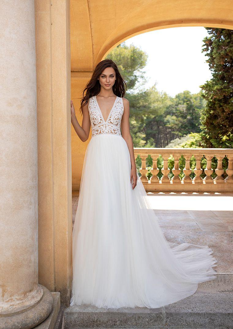 Brautkleid Kintiya Hochzeitskleid Wedingdress 2019 New Arrivals Neue Kollektion Bei Verina Hille Vintage Strandhochzeit Brautmode Brautkleid Braut